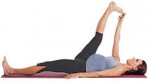 упражнения для беременных лежа