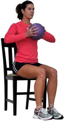 упражнения для грудных мышц для женщин с мячом